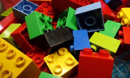 Actividades infantís de arte e construcións os sábados de primavera