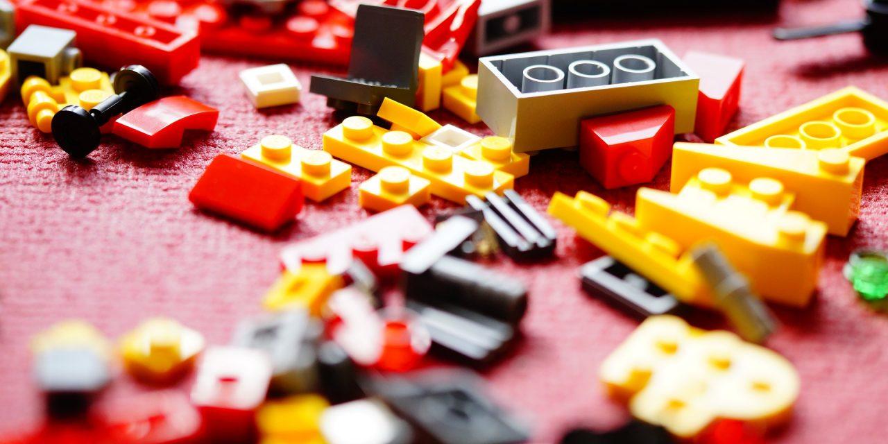 Comezan os talleres infantís de xogos de construción no Ensanche