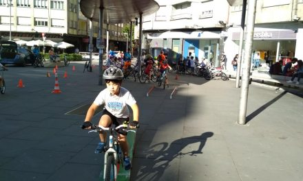Casi un centenar de ciclistas, en la Marcha Popular +BICI